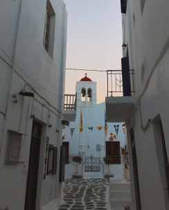 Mykonos Town before the masses of tourists arrive